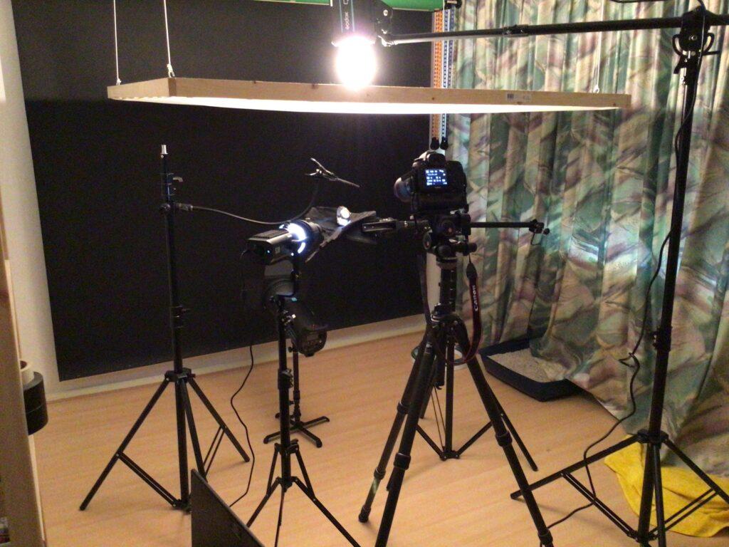 Behind the scenes - Watch